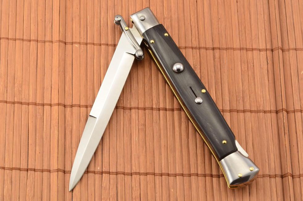 Beltrame Stiletto Swinguard Buffalo Horn Bajonet Knife