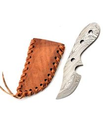 Damask neck knife - 03KPDAM